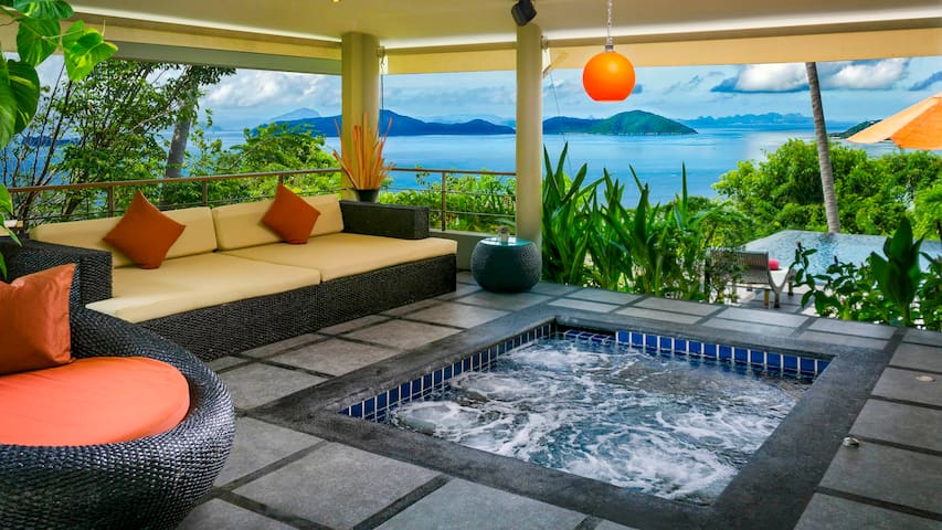 Ocean View, Romantic Villa with Pool and Jacuzzi