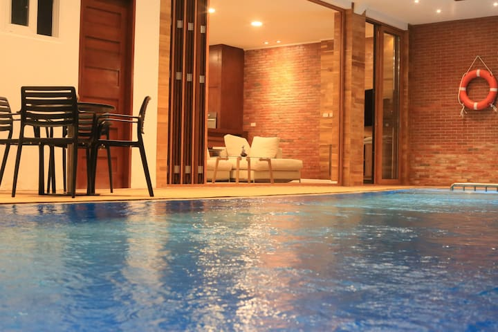 Villa 15meter Crystal Clear Pool + SUV + Breakfast