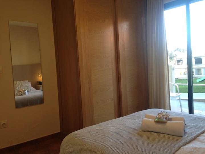 Aqualecer un dormitorio con terraza C02