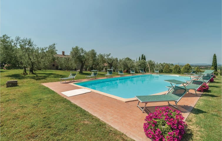 Holiday apartment with 2 bedrooms on 85m² in Tuoro sul Trasimeno PG