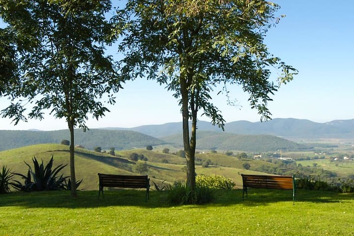 Tuscan farmhouse with panoramic view