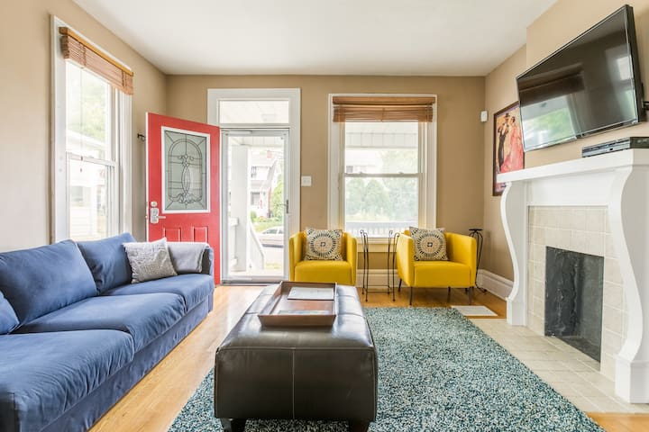 Charming home in historic Clintonville- near OSU