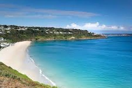 Chy Ryth, Carbis Bay, St Ives.