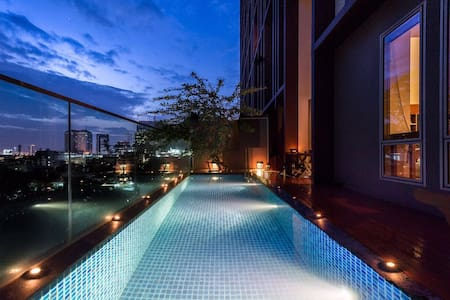 Private Pool•2BRLuxuryDuplex•10Min toCenter欢迎各位贵宾 - Bangkok