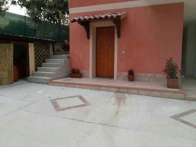 Casa degli ulivi - via san giorgio 1 acquavella - Huoneisto