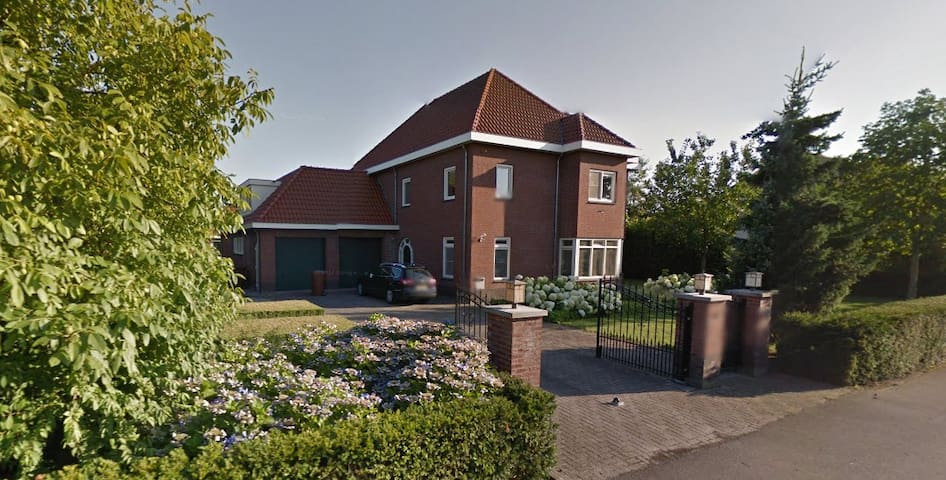 Villa in Breda