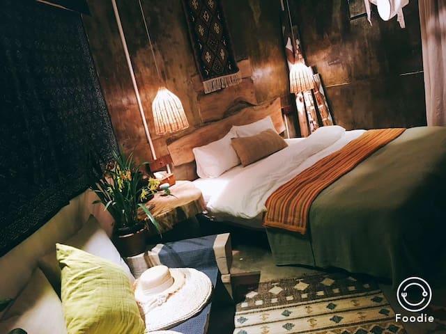 步里· (Website hidden by Airbnb) 民宿出门就是青岩古镇中间位置