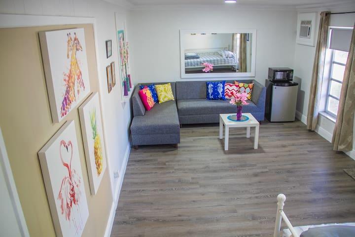 La Playita. Private Backyard Unit.  1Bedroom 1Bath - Hallandale Beach - House