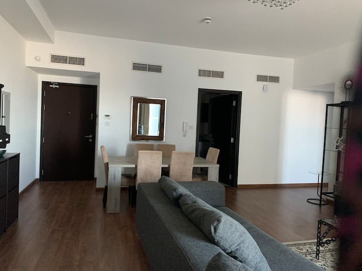 Sea view - 2 bedroom apartment in Juffair