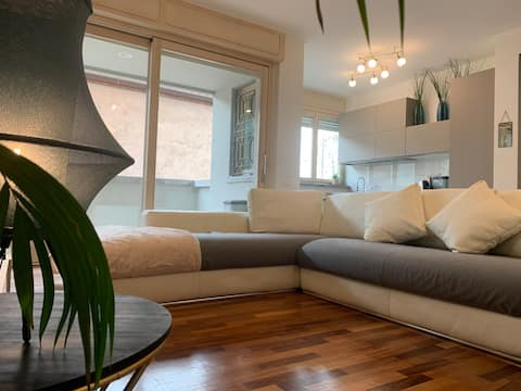 ✈ Chic Apartment -River View ⋆⋆⋆⋆⋆ Free cover Park
