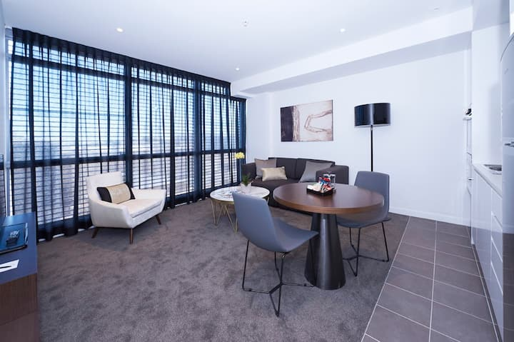 Silkari Suites at Chatswood Accessible Studio
