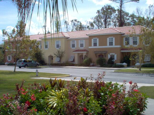 3 BR Villa Hapimag Kissimmee @Floridagold Resorts