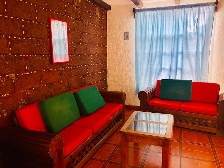 Lovely Colonial-Modern Apartment Santa Fe Style