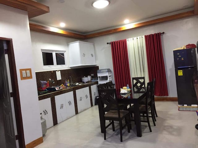 Brand-new vacation house for rent (transient)