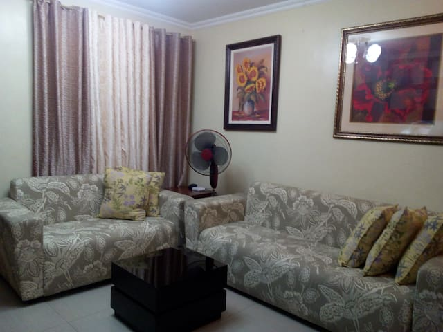 2BR  Corner Unit, Overlooking the Ocean View - Davao City - Wohnung