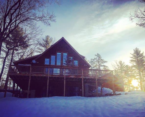 Long Pond Log Home Retreat