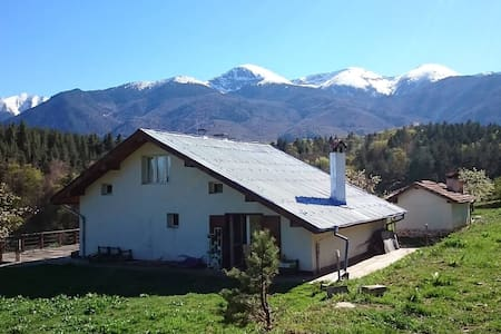 Charming Mountain Chalet near Bansko for 7 people - BG - Huvila