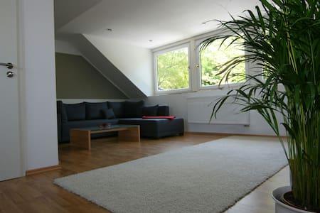 3 Zimmer Dachgeschoß bei Hamburg - Seevetal - Apartment