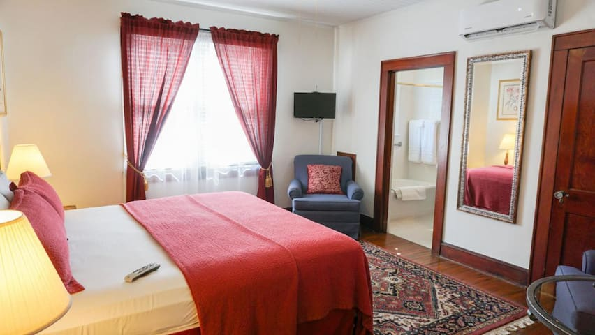 Putnam Lodge - #7 Eric Bodeem Room