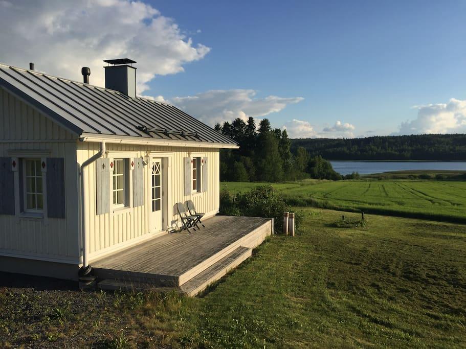Sauna cabin and lake Kulovesi