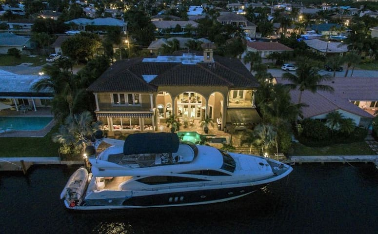 Luxurious Getaway on the Water - Boca Raton - Huis