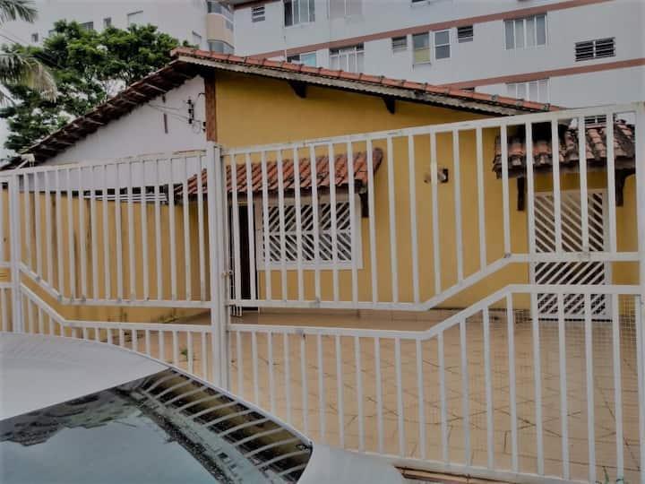 Casa na Praia Grande – Canto do Forte