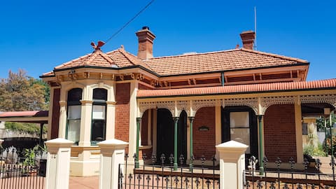 Allora House Kalgoorlie Room 1