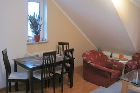 Schones Wohnung in Leggebruch (Shared Room) - Leegebruch - Huoneisto