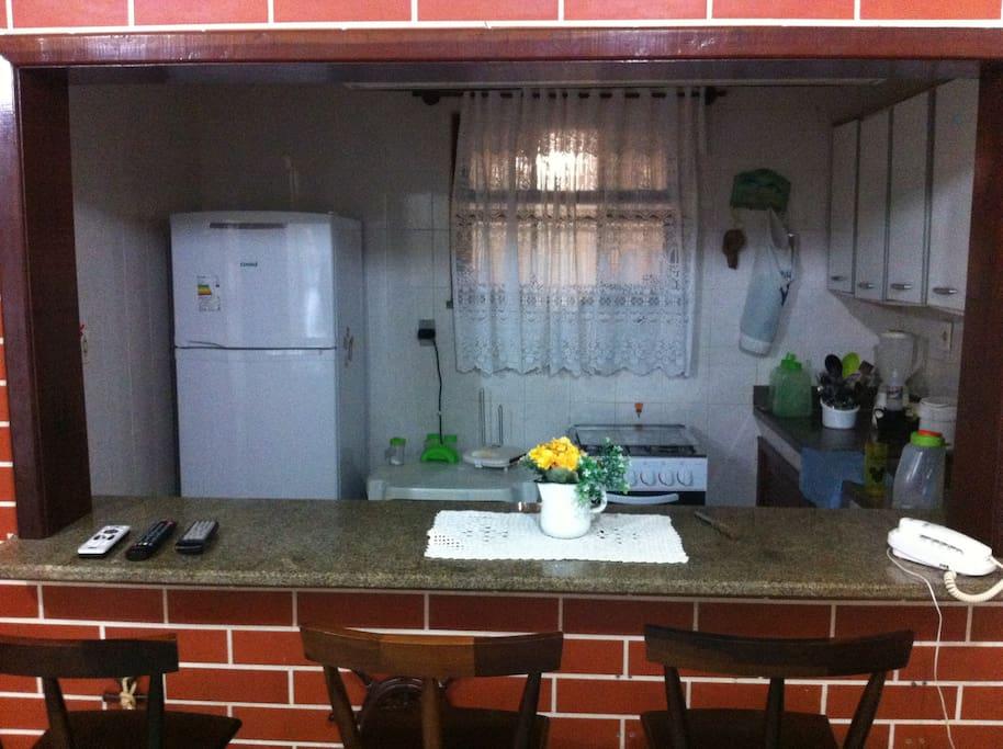 Vista panorâmica da cozinha