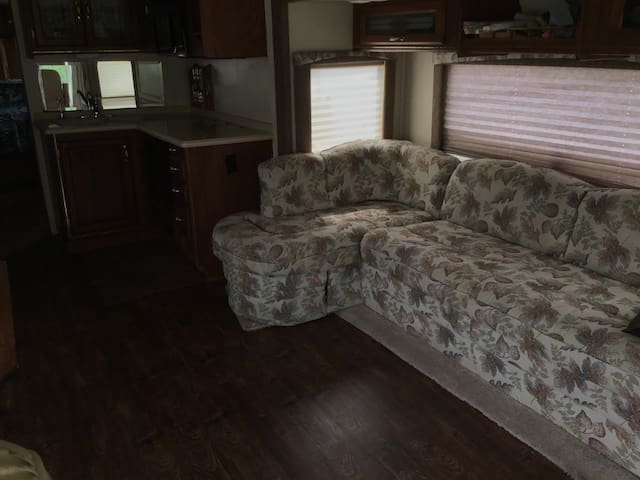 36 foot motor home with pool on private acreage