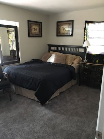 Private bed n bath in home for rent - DeBary - Haus