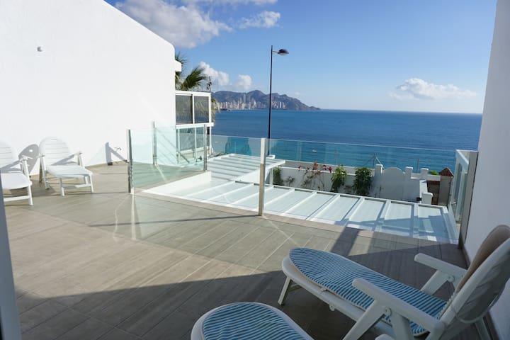 Luxury House for 6, Stunning Views - Near Beach - Benidorm - Casa
