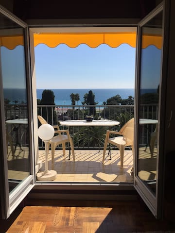 Luxury flat with sea view in Center of Nice