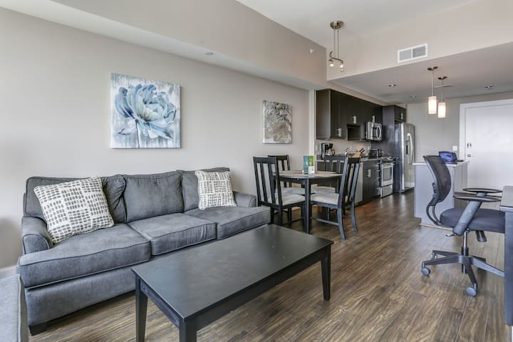 Private 1-bedroom apartment in Reston Town Center