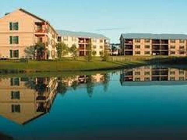 Holiday inn Fox river resort, 2 brds sleeps 6 ppl