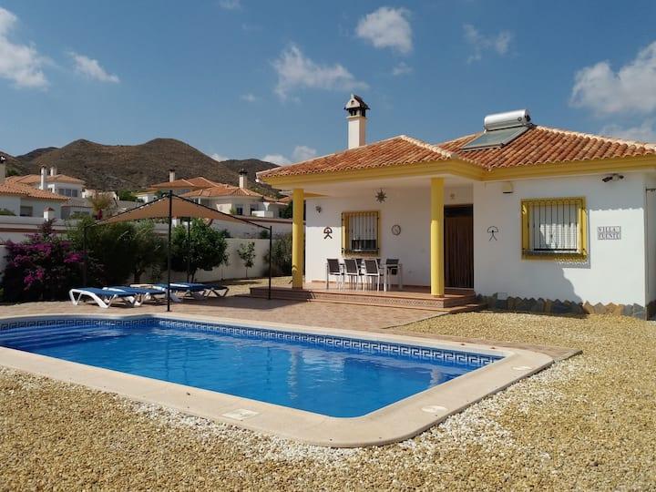 Vakantievilla 6p in de bergen van Almería