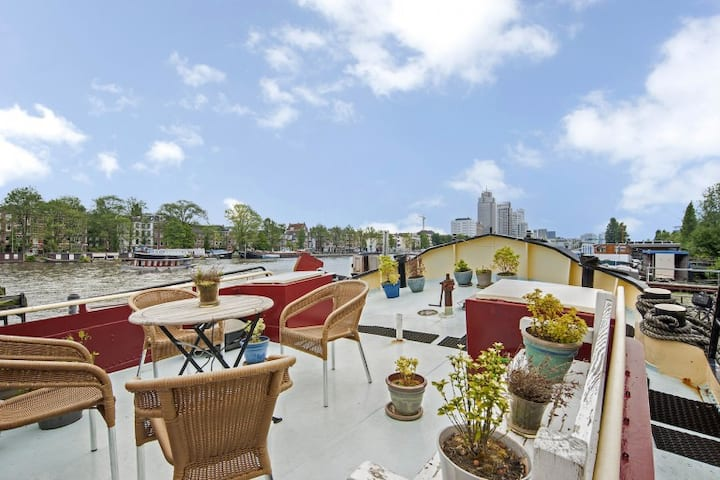 Sunny spacious Amstel houseboat  | City Center