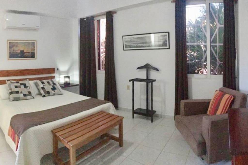 Apartamento céntrico e independiente. Totalmente climatizado con una vista espectacular
