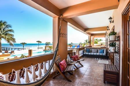 ♡ Hol Chan Reef Resort   Ground floor oceanfront!