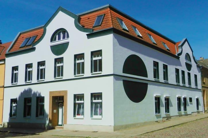 Haus am Eichenwall - Residenz + Ferienwohnung Nr.1