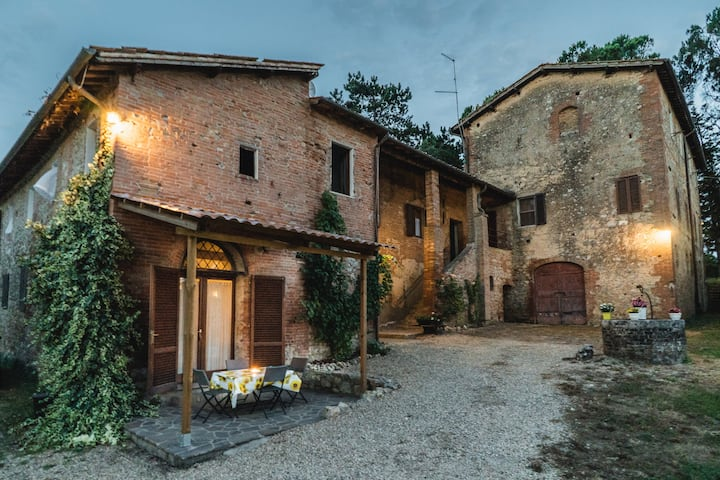 Podere Mieli apartment for two near Siena