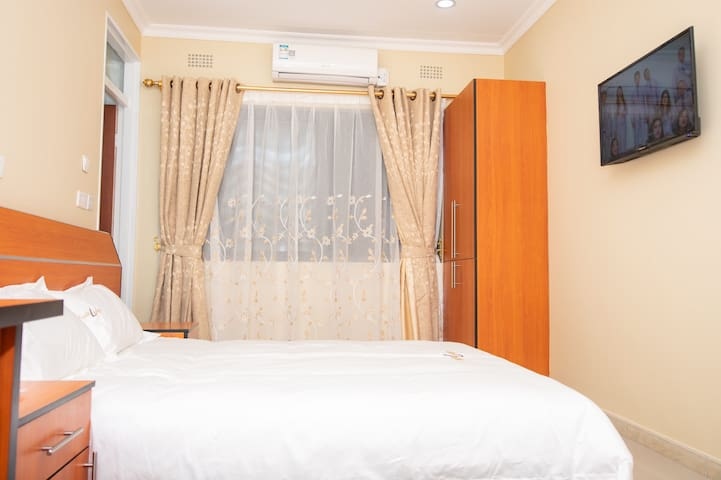 This is the standard set up for the rooms. All of them are en-suite, with an AC
