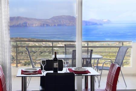 Vourvahakis Seaview Villa - Karoti