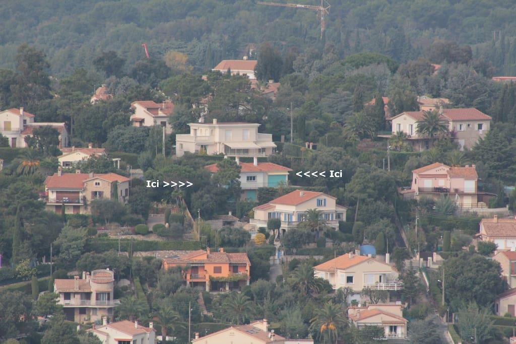 Maison sur la colline, quartier résidentiel