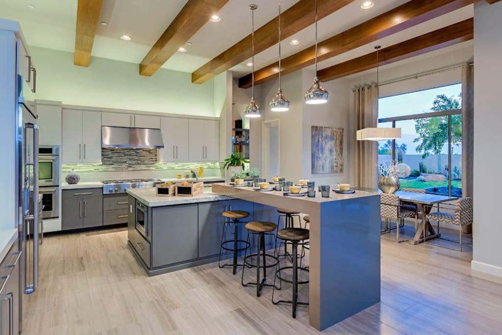 Kitchen with seating