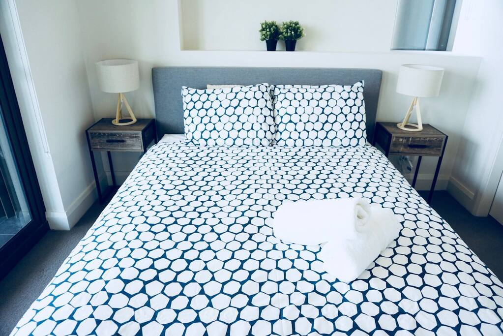 Bedroom 1: comfortable and modern for a good night's sleep