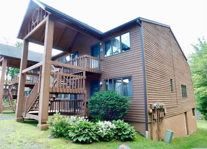 Cozy Condo in Windham close to Windham Mountain