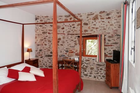 Room 'Muscat' in b&b near Collioure - Ortaffa - Bed & Breakfast