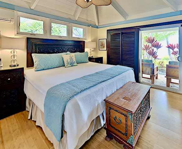 Start and end each day with breathtaking views of the Pacific Ocean from the Master bedroom!