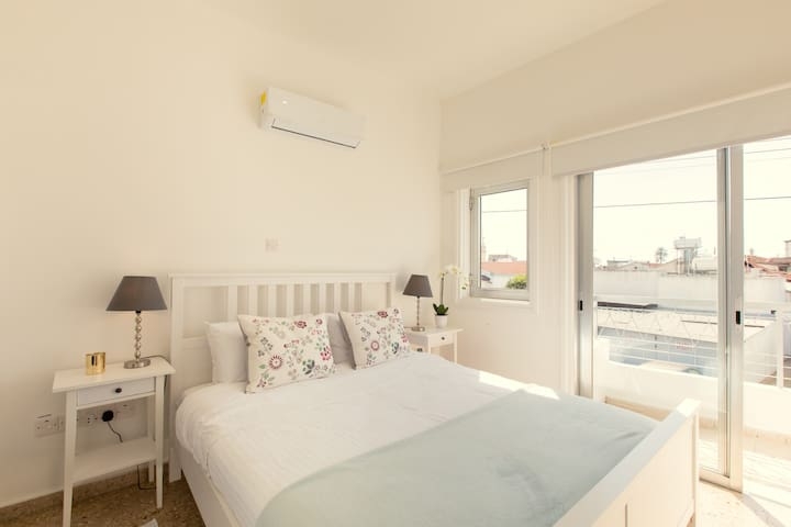 Larnaca Sea Breeze No. 2 Sleeps 2